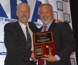 2015 winner Scooter Davis (l) pictured with Dale Thornhill (r)